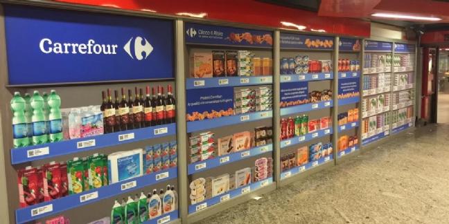 Carrefour-Italie-faire-ses-courses-dans-metro-cliccaeritira-T